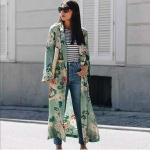 Multi Floral Satin Kimono XXXL NWOT